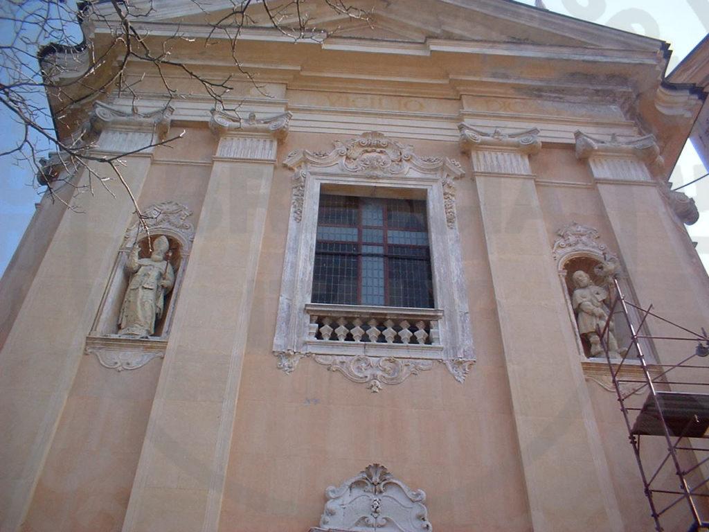 Il restauro delle sculture presenti sulla facciata della Chiesa Parrocchiale di San Vigilio in Lodrino (BS)