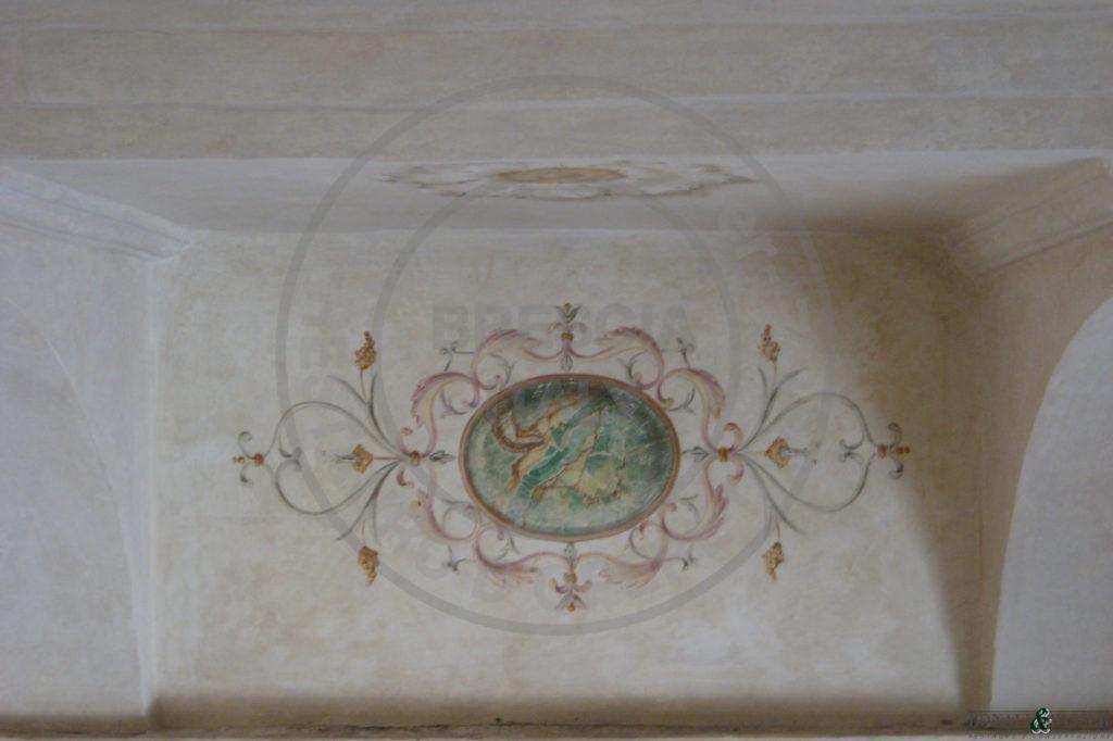 Dettaglio durante l'intervento di decorazione