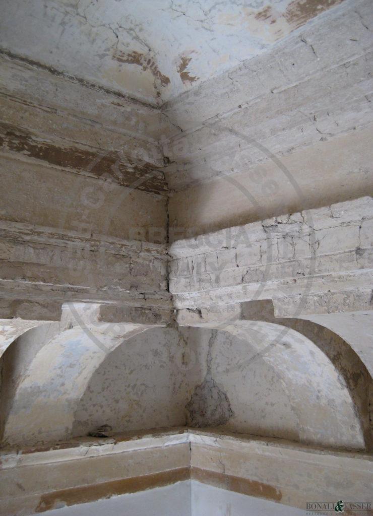 Palazzo Savoldo, salone dettaglio durante l'intervento di cosolidamento e stuccatura