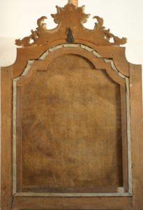 Il verso del dipinto dopo il restauro col mantenimento del telaio originale e il recupero del supporto in prima tela