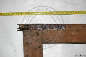 Dettaglio del telaio prima del restauro