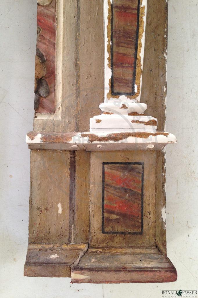 Dettaglio dopo l'intervento di stuccatura delle lacune dei film pittorici