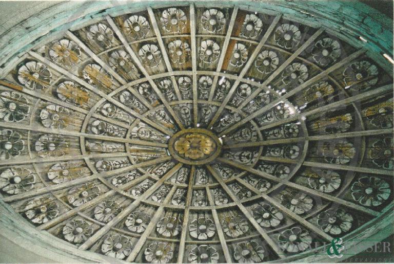 Cupola elittica lignea prima del restauro