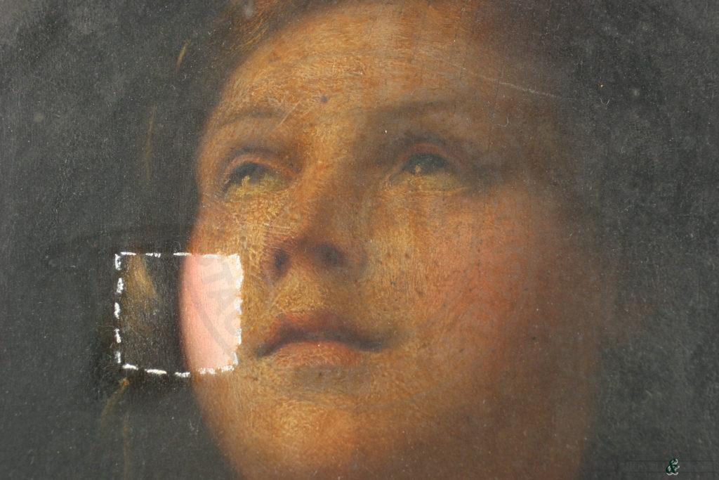 Dettaglio durante le prove di rimozione del film protettivo alterato